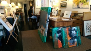 Delivery of Leslie Nolan's artwork to Susan Calloway Fine Arts